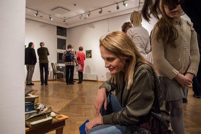 wernisaz wystawy urszuli kluz-knopek w galerii bwa (biuro wystaw artystycznych) w olsztynie.