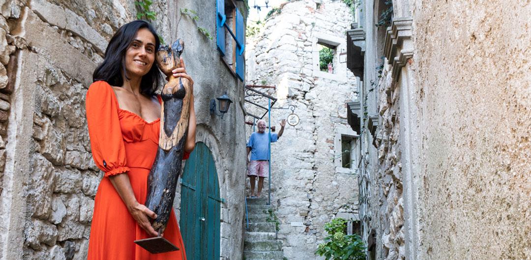 Świadome podróżowanie po Chorwacji. Miasto pomin i ogrod rzeźb Zaharias Zaff